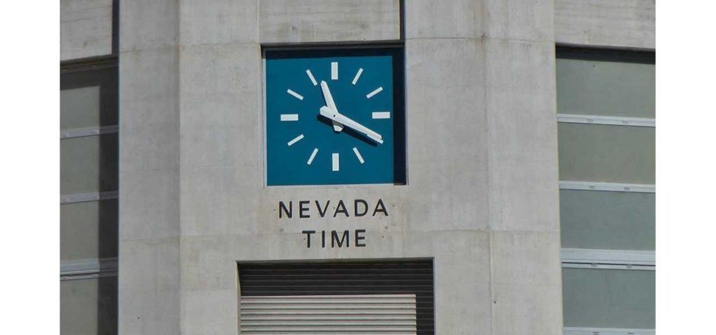 Vegas Uhrzeit