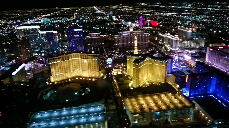 vegas-strip-helicopter-bellagio
